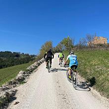 Loro Piceno e le colline del vino cotto