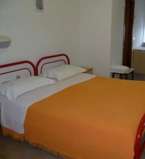 HOTEL APOLLO 17**